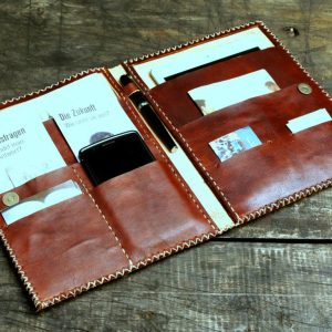 Ministry & Tablet Folder: JWunFOLD // Vino-0