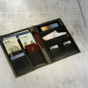 Ministry & Tablet Folder: JWunFOLD // Negro-0